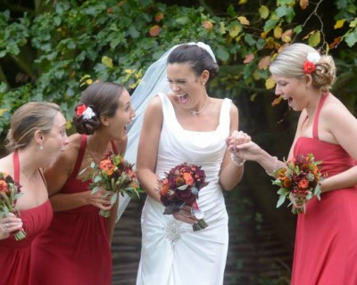 Halloween wedding bride and bridesmaids with their wedding flowers