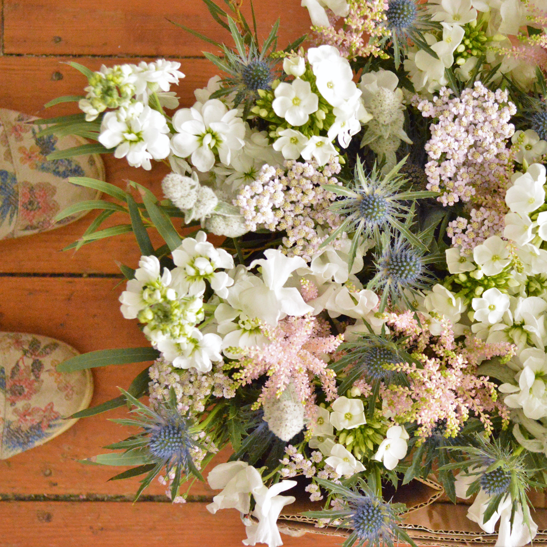 june wedding flowers country garden style
