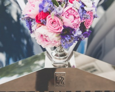Rolls Royce and bridal bouquet