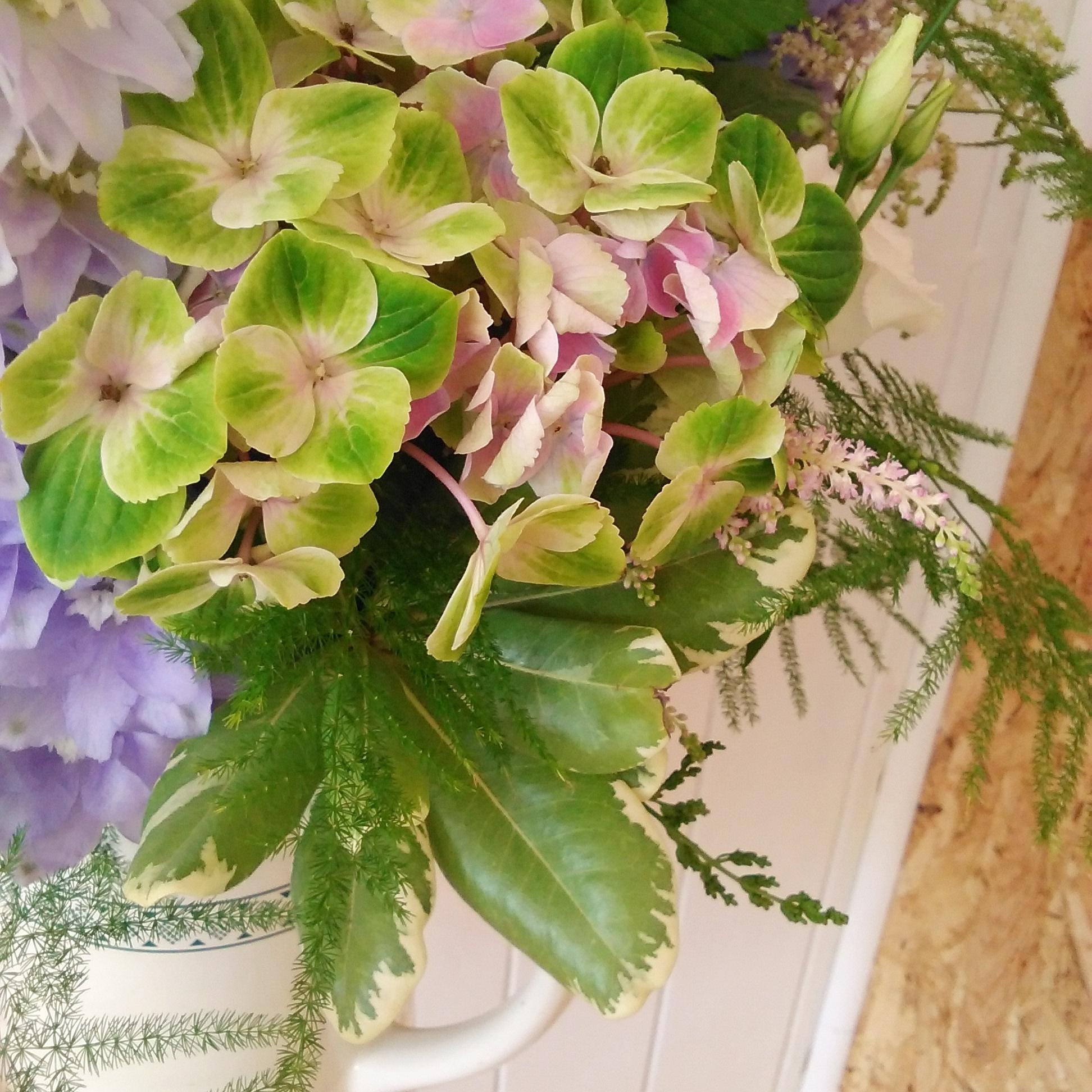 DIY wedding flowers hydrangea