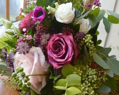 Deep pink winter bouquet