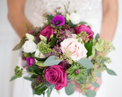 Winter bridal bouquet, berry shades
