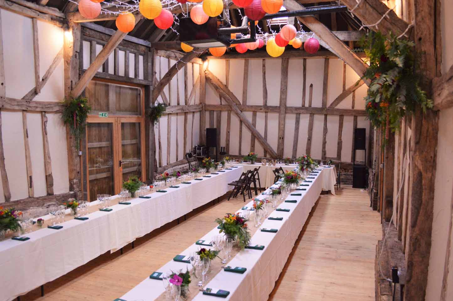 barn wedding flowers sussex