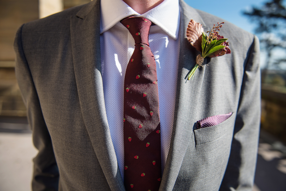 autumn buttonhole ideas