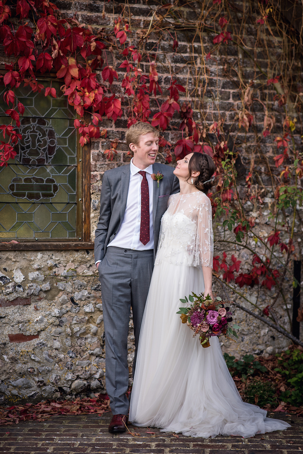 October wedding, autumn foliage