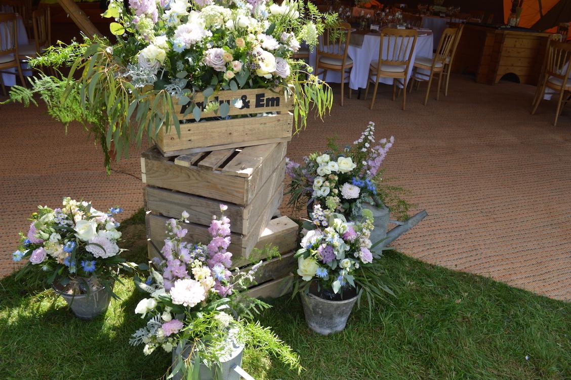 tipi large flower arrangements