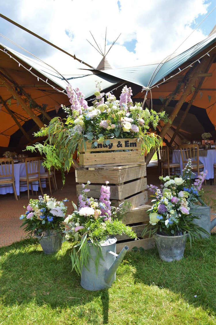 tipi flowers for sussex wedding at maplehurst farm