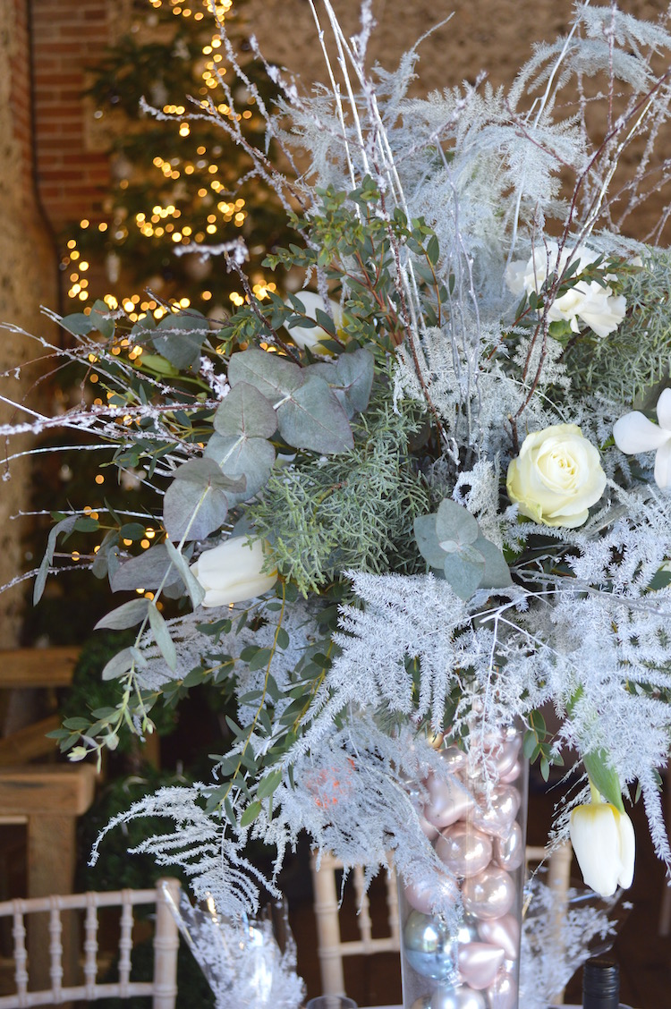 Winter Wedding Flowers White Amp Silver Table Arrangements
