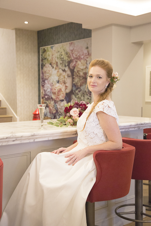 Bride at the bar in brighton harbour hotel