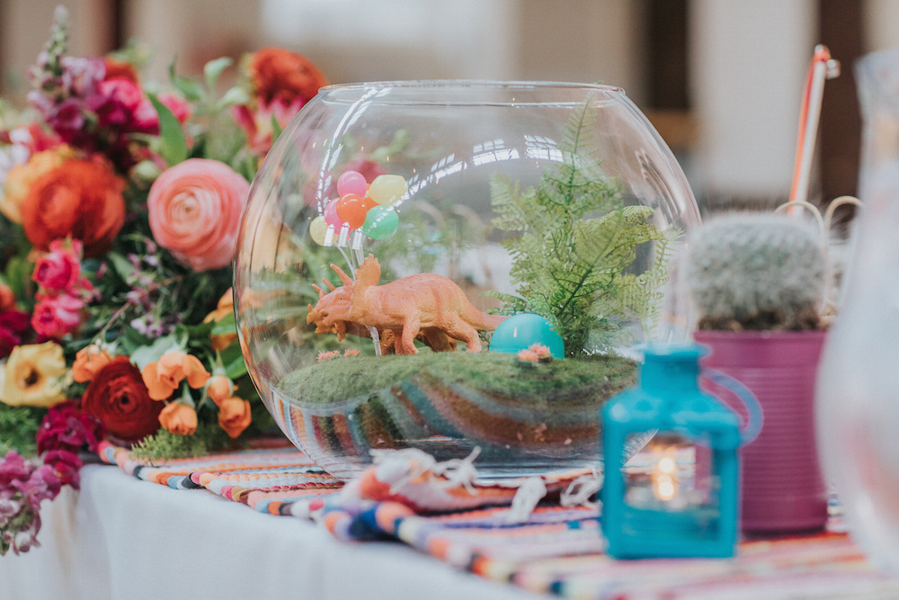 wedding table ideas, dinosaurs and cacti