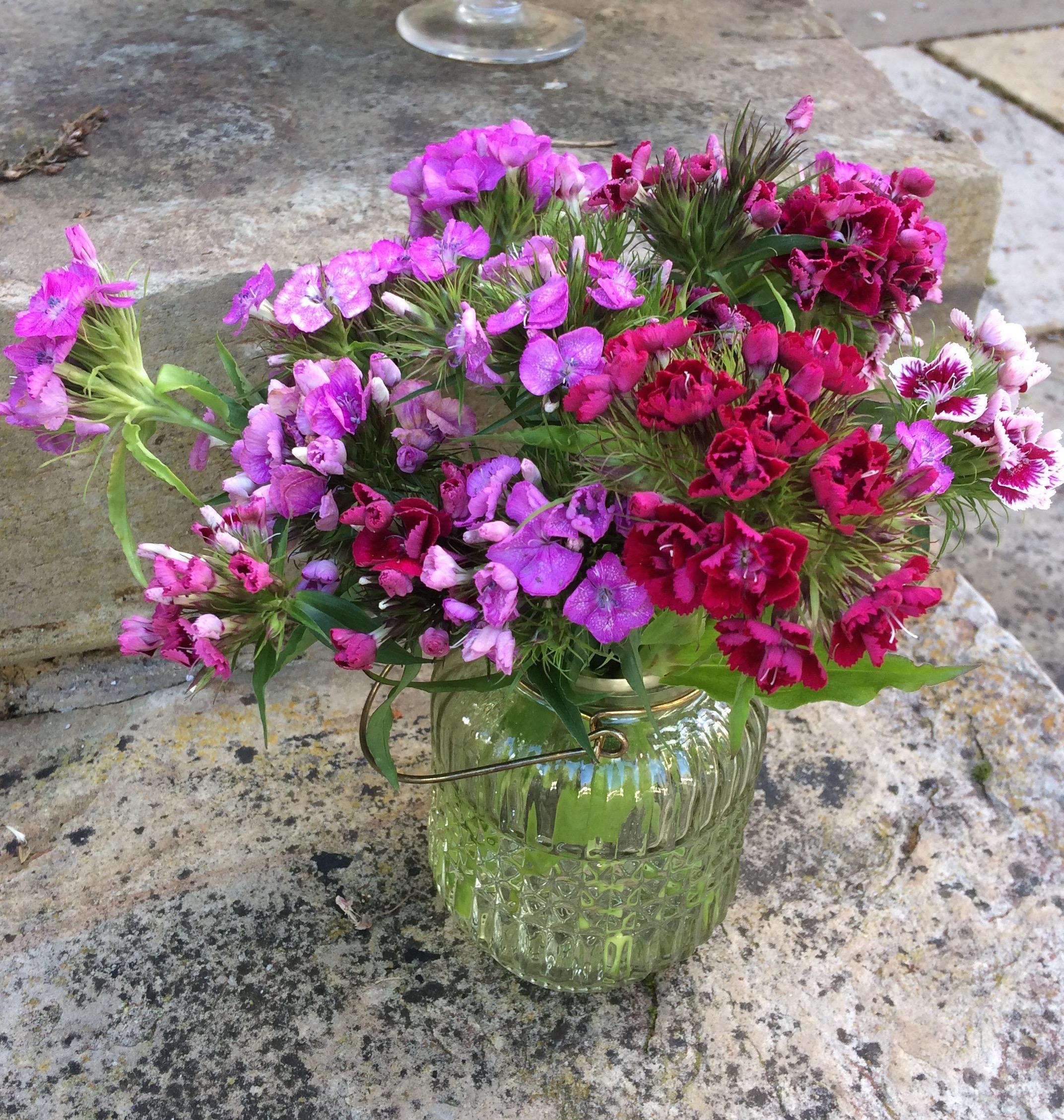 June Wedding Flower Bouquets: Wedding Flower Ideas - Bettie Rose