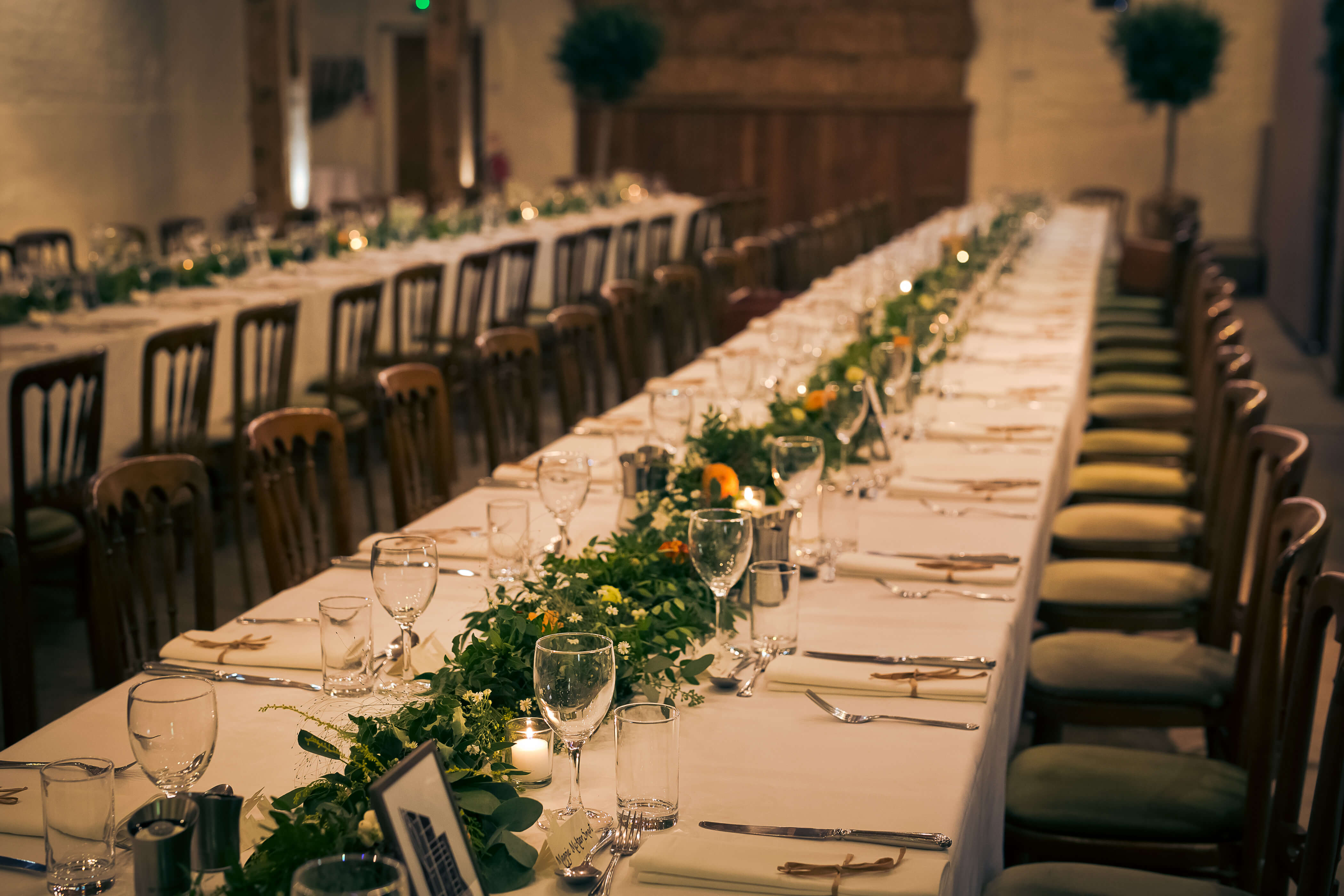 table runners of foliage at pangdean barn brighton